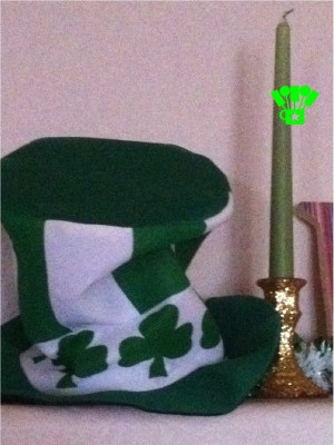 My Dollar Tree leprechaun hat and gold sparkle candle stick on are one ...