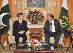 ... Meets Pakistan President Mamnoon Hussain in Islamabad (16/9/2014