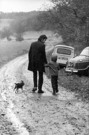 Paul McCartney and daughter...photo by: Linda McCartney