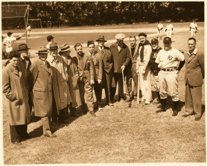 1942 New York sports writers covering New York Yankees during spring