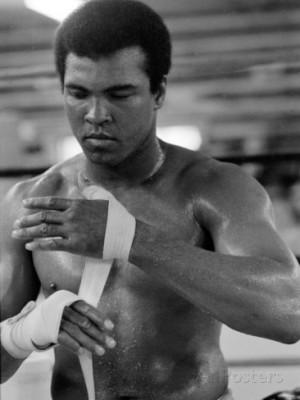 Muhammad Ali Training at His Pennsylvanian Mountain Retreat For His ...