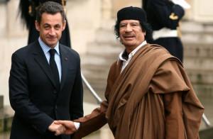La visite de Mouammar Kadhafi en France en décembre 2007 a suscité ...