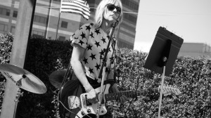 16 Kim Gordon Quotes From 'Girl In A Band' That Are Pretty Revelatory ...