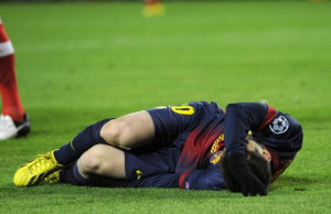 ... knee injury during scoreless Champions League draw with Benfica
