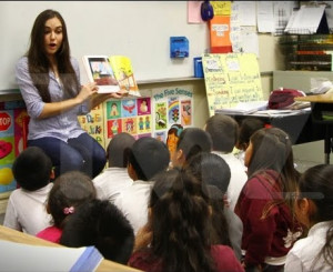 Ex Porn Star Sasha Grey reads to school children, faces criticism from ...