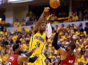 NBA: Indiana Pacers - Miami Heat 107:96 w 1. meczu finału Konferencji ...