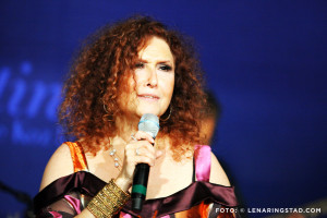 Melissa Manchester Loving the Life