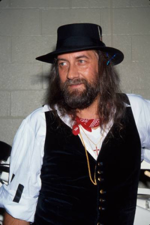Quotes by Mick Fleetwood