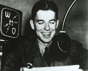 H5,Ronald Reagan as a WHO Radio Announcer in Des Moines , Iowa . 1934 ...
