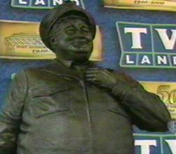 Home > Index > Real Estate > Statues > Ralph Kramden Statue