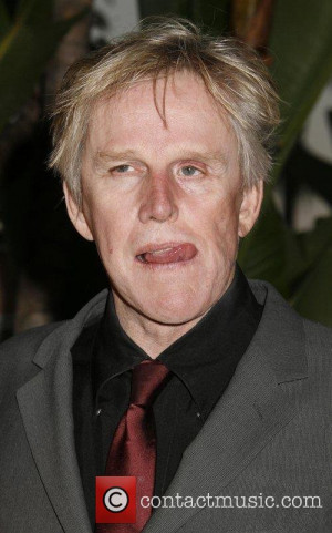 Pajama-Clad Gary Busey Endorses Newt Gingrich