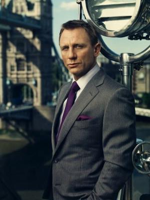 Daniel Craig COTY 2014 - Radiant orchid - For HIMDaniel Craig, Men ...