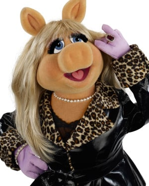 Miss Piggy from the 2011 Muppet Movie wallpaper - Click picture for ...