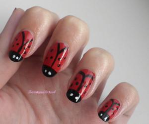 nail art lieveheersbeestjes