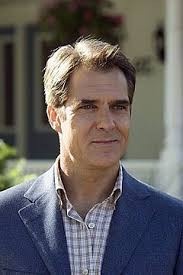 Henry Czerny - How tall is Henry Czerny ? Personal Biography ?