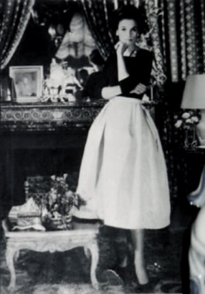 Babe Paley Shape of skirt