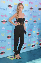 Erin Andrews - 2013 Teen Choice Awards [x2 HQ]