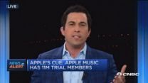 Apple app store sets record transactions: Eddy Cue