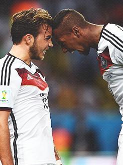 mine argentina die mannschaft Mesut Ozil thomas muller Lukas Podolski ...