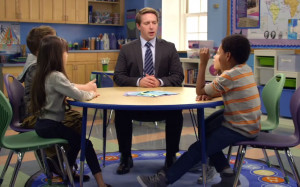 Beck Bennett in one of AT&T's 'It's Not Complicated' commercials ...