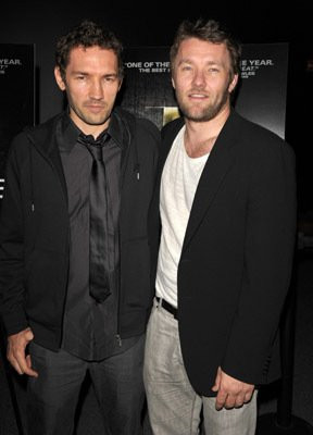 Nash Edgerton and Joel Edgerton at event of The Square (2008)