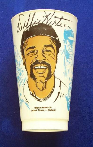 Willie Horton - AUTOGRAPHED Slurpee's Cup (Tigers) Baseball cards ...