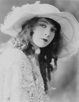Lillian Gish, one of the first female movie stars - Bain News Service