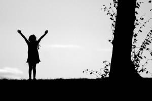 La silhouette d'une jeune fille en ombre chinoise - que c'est beau la ...