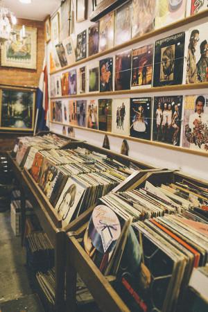 music vintage store vinyl Records