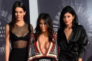 Kylie-Jenner-takes-to-Instagram-after-parents-file-for-divorce.jpg