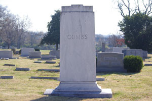 Earle Combs Grave Photo 1
