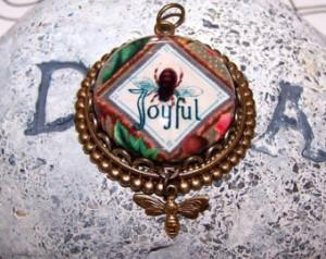 Bee Joyful Inspirational Message Pe ndant, Antique Brass, 25mm Glass ...