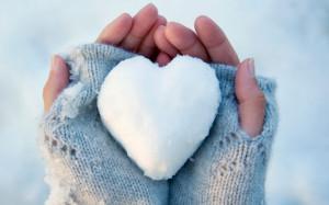 hands-heart_1864613a.jpg
