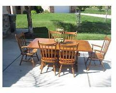 Ethan Allen Early American Dining Room Table Set