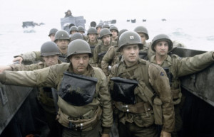 Still of Tom Hanks and Tom Sizemore in Saving Private Ryan (1998)