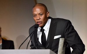 The Wall Street Journal honors Dr. Dre at the 2014 Innovator Awards ...