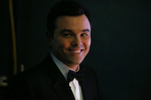 Seth MacFarlane Jokes About Rihanna, Chris Brown