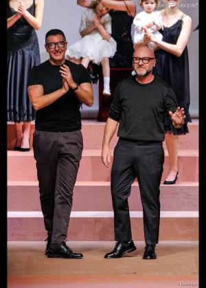 Stefano Gabbana et Domenico Dolce à l'issue du défilé Dolce ...