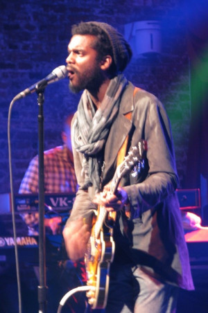Backbeat: 5th Annual Okayplayer Holiday Party Pairs The Roots with ...