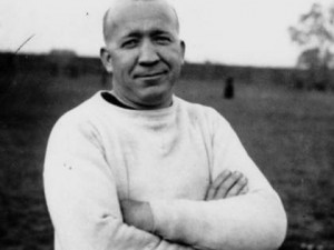 Wedge can watch the Knute Rockne biopic and learn from Pat O'Brein ...