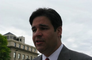Raul Labrador gives Democrats civics lesson on payroll tax extension