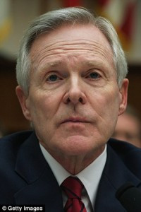 ... Secretary_of_the_Navy_Ray_Mabus_pictured_in_March_w-a-5_1431536666081