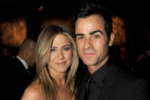 Hollywood actress Jennifer Aniston with actor boyfriend Justin Theroux ...