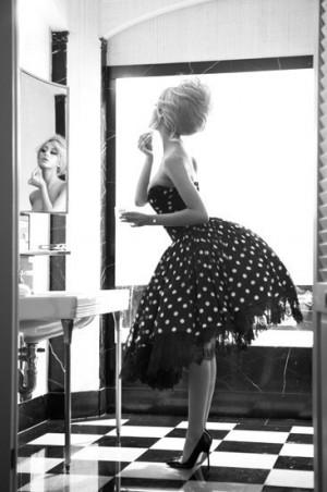海外のおしゃれなドレス画像