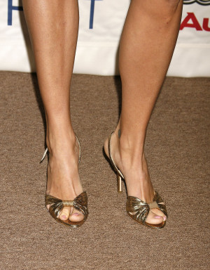 Rebecca Romijn Legs and Feet