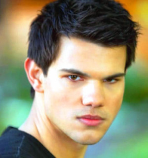 taylor-lautner-jacob-black-breaking-dawn-2.jpg