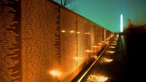 vietnam_war_memorial_at_night_washington_dc.jpg