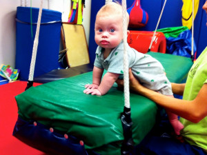physical-thearpy-child-down-downs-syndrome-4.jpg