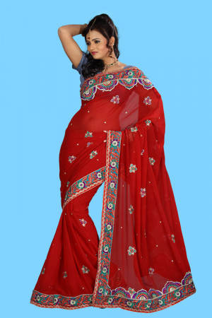 Traditional,Party & Designer Saree Are Available At Affordable Price ...