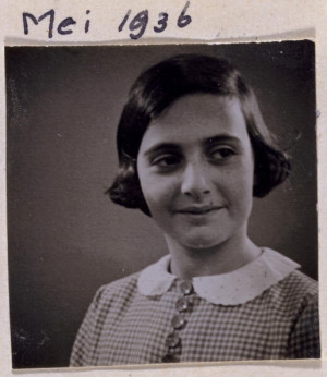 Margot Frank in 1932 gefotografeerd door haar vader Foto AFF AFS